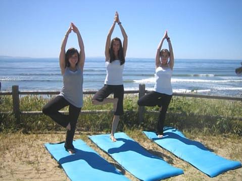 Kendra Sarna, Nikki Heeren, Anya Pokazanyeva - the Art of Exercise instructors