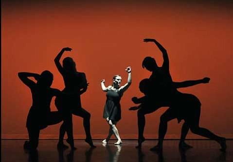 Shiroun Dance Company at Center Stage