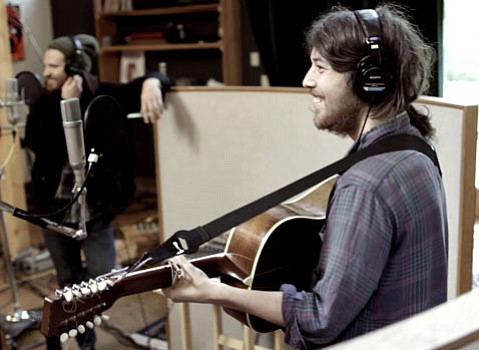 Fleet Foxes frontman Robin Pecknold will support indie songstress Joanna Newsom this Friday at the Lobero.