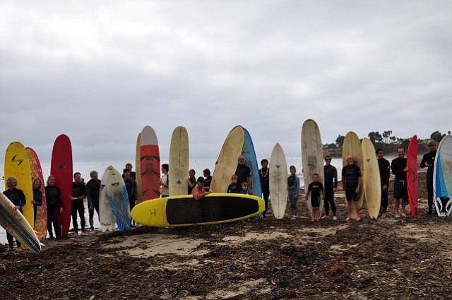 Surfrider Paddle-Out