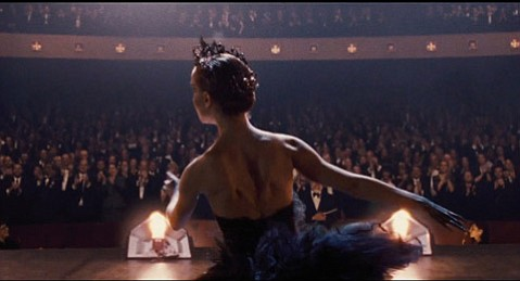 <strong>METHOD TO MADNESS:</strong>  Natalie Portman delivers a physically and psychologically intense performance as an obsessive ballerina in Darren Aronofsky's unnerving <em>Black Swan</em>.