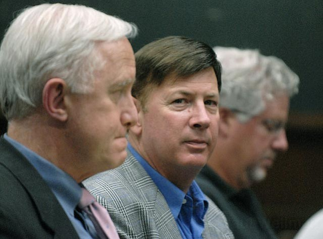 Mark Lee (center) and Steve Amerikaner (left) at SB City Council Oct. 3, 2006