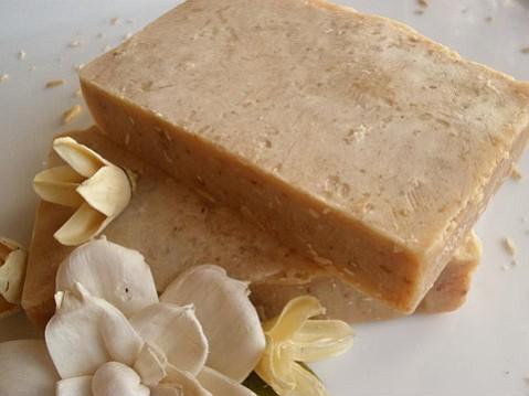 Santa Barbara's Lisa Franklin brews up natural soaps and lotions using local ingredients.