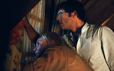 Kate Bosworth and James Marsden as Amy and David Sumner in the 2011 version of <em>Straw Dogs</em>.