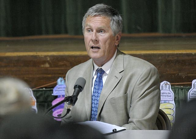 Santa Barbara School District Superintendent Dr. David Cash speaks at a Pueblo sponsored forum discussing a gang injunction on Oct. 20, 2011