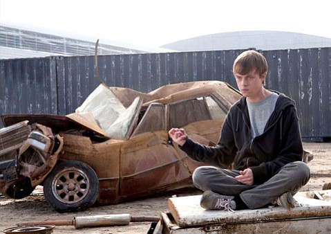 A troubled young kid (Dane DeHaan) and his two friends acquire super powers that ultimately amplify their flaws in the <em>Cloverfield</em>-esque <em>Chronicle</em>.