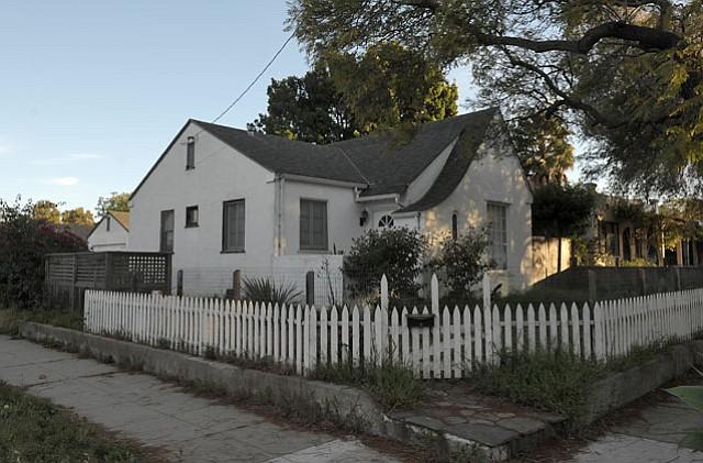 903 West Mission Street