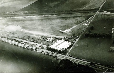 Carpinteria Airport opened in 1928 and was the largest airport in this area until being superseded in the early 1930s by what is today Santa Barbara Municipal Airport.