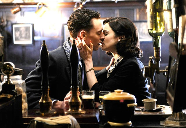 Rachel Weiss and Tom Hiddleston star in <em>The Deep Blue Sea</em>.