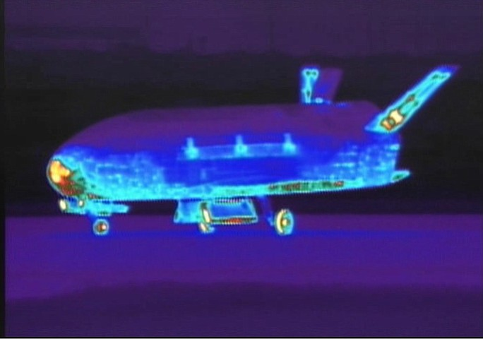 Infrared view of the X-37B Orbital Test Vehicle after it landed at Vandenberg Air Force Base