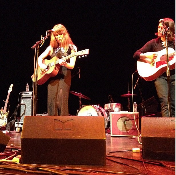 Jenny Lewis (left) and Johnathan Rice (right) at the Lobero Theatre.
