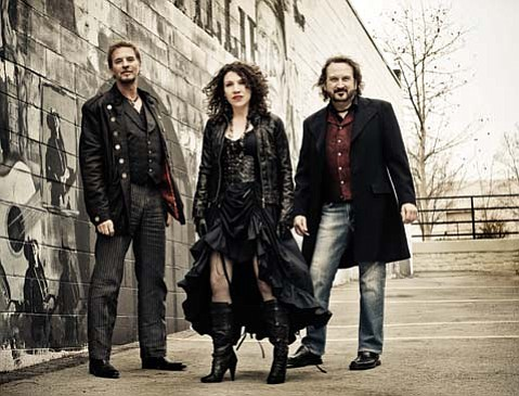 Kenny Loggins (left) has partnered with Gary Burr and Georgia Middleman for Blue Sky Riders.