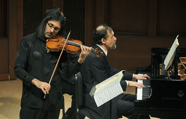 Leonidas Kavakos accompanied by Enrico Pace at MAW's Hahn Hall (Feb. 15, 2013)