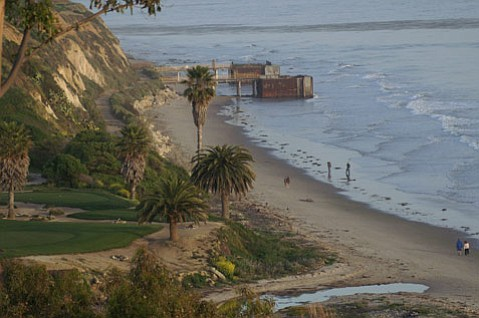 There's real worry that dangerous pressure is building under these two aged piers ​— ​the former site of oil drilling ​— ​off Goleta's coast right next to the Sandpiper Golf Course.
