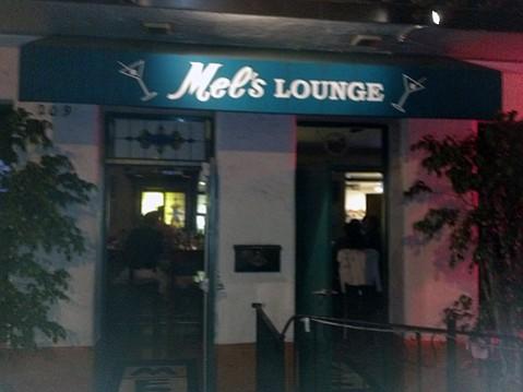 Mel's Lounge