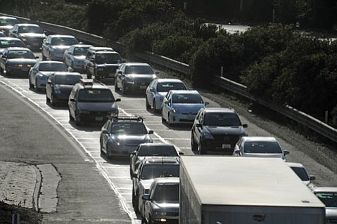 <b>GRIDLOCK GALORE:</b>  The only thing messier than Highway 101 traffic is the bureaucratic warfare over how to fix it.