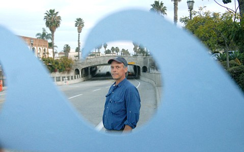 <b>EARLY WARNER:</b>  Bruce Caron, in 2007, proposed a blue line in downtown Santa Barbara showing the expected high-water mark due to global warming.