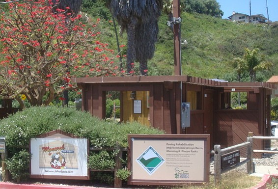 Monarch Pet Spa facility at Hendry's Beach