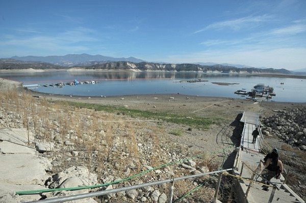 Cachuma Lake at 39 percent capacity (Jan. 9, 2014)