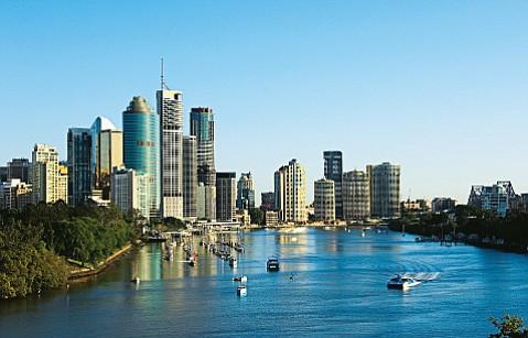Brisbane skyline and river