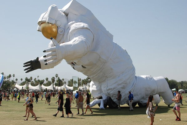 APOCALYPSE NOW: Saturday of Coachella was marked by a whole lot of dust storms.