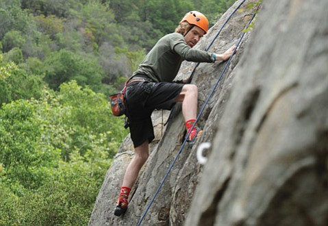 <b>ROCK GYM GOES OUT:</b>  The author tackles one of the many climbs now being offered by the Santa Barbara Rock Gym in and around the Los Padres National Forest.