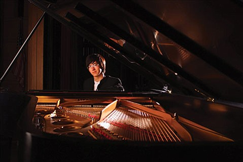 "<b>TAKING REQUESTS:</b>  ""I think a lot of the people who would be interested in going to the symphony are scared off by the traditions we have in classical music,"" says pianist Charlie Albright. To counter this, the 26-year-old is incorporating dialogue and improvisation into his recitals. He'll appear at the Music Academy of the West on Wednesday, October 15."