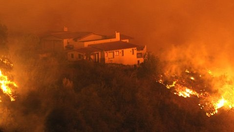 New study advocates making homes less flammable, managing fuel and vegetation around homes, and neighborhood and community evacuation plans as effective strategies for surviving wildfires.