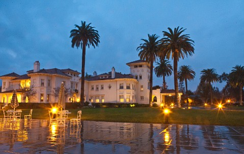Dolce Hayes Mansion in San Jose