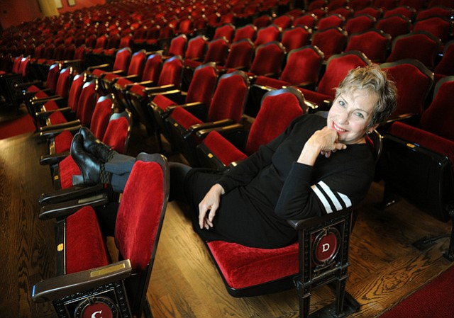 Dianne Vapnek in the Lobero Theatre (Jan. 2, 2015)