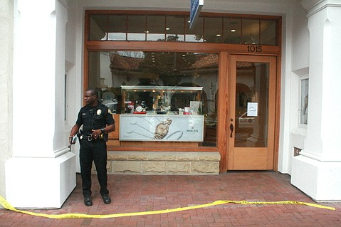 Police interview Churchill Jewelers employees and workers at other State Street businesses