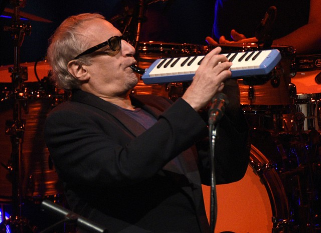 Steely Dan at the Santa Barbara Bowl (April 15, 2015)