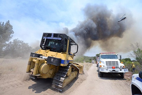 Santa Barbara County Fire responds to the Mesa Fire in Lompoc (June 29, 2015)