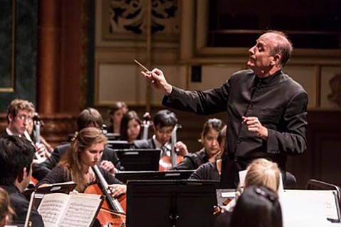 <b>SURROUND SOUND:</b>  Conductor Larry Rachleff led the Academy Festival Orchestra through a warm, tight, and punchy performance of Berlioz's <i>Overture to Beatrice and Benedict</i>, Ravel's <i>Boléro</i>, and Rachmaninoff's <i>Symphonic Dances</i>.