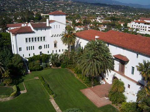 <b>TOURIST TREASURES:</b> The County Courthouse is just one of many attractions on Urban Adventure Quest's Santa Barbara challenge.