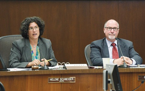 <b>DYNAMIC DUO:</b> Mayor Helene Schneider and Councilmember Gregg Hart have had their differences, but they came together to oppose a 1.4-mile-long oil train coming through Santa Barbara.
