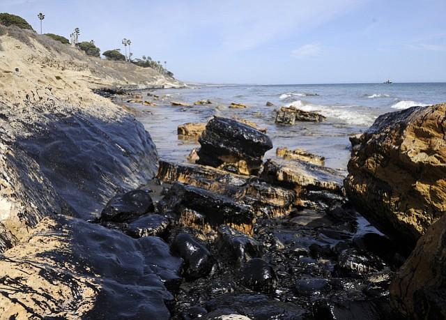 Refugio Oil Spill (May 19, 2105)