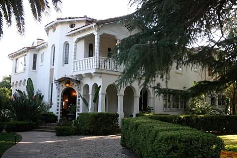 Ojai's Acacia Mansion