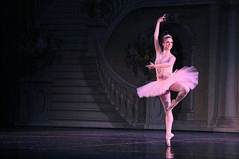 <b>BEAUTIFUL BALLERINA:</b>  Michele Wiles, principal dancer with N.Y.C.'s BalletNext, will dance the role of the Sugar Plum Fairy in Santa Barbara Festival Ballet's <i>The Nutcracker</i>.