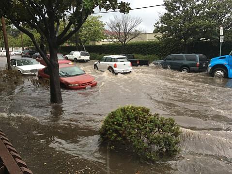 Flooding on Cota Street
