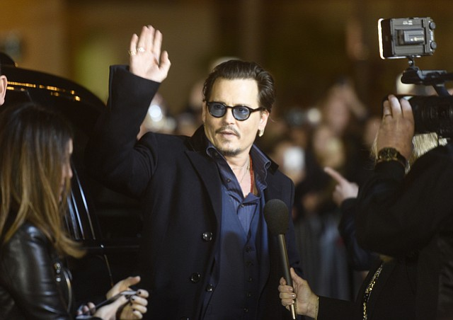 Johnny Depp, the SBIFF 2016 Maltin Modern Master Award recipient, had crowds packing the streets outside the Arlington Theatre hoping to catch a glimpse. (Feb. 3, 2016)