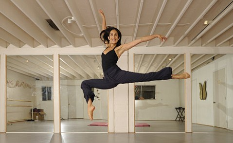 <strong>ELEGANT ANGLES: </strong> After nearly two decades in New York City as part of the acclaimed Alvin Ailey dance troupe, Christina Sanchez (pictured) returned to Santa Barbara in 2005. These days, Sanchez teaches contemporary dance classes at UCSB and Westmont College and performs with Santa Barbara Dance Theater.