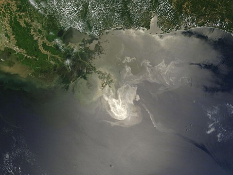 Oil sediment from the Deepwater Horizon oil spill remained for months at the bottom of the Gulf of Mexico, according to a recent UCSB study.