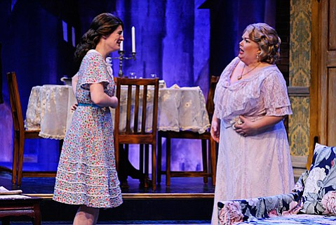 Sierra Wells as Laura Winfield and Kitty Balay as Amanda Winfield in The Glass Menagerie.
