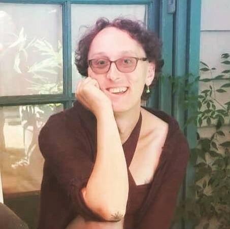 Angela Karmis