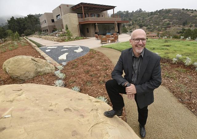 Santa Barbara Botanic Garden Executive Director Steve Windhager outside of the the new Pritzlaff Conservation Center (Aug. 6, 2016)