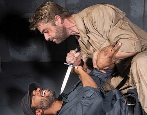 AK Murtadha (L) and Jamison Jones (R) in <i>Macbeth</i>