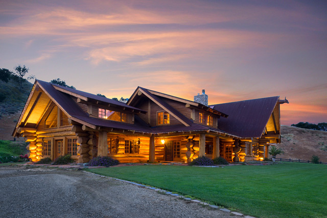 make myself at home  log cabin mansion estate on highway 101