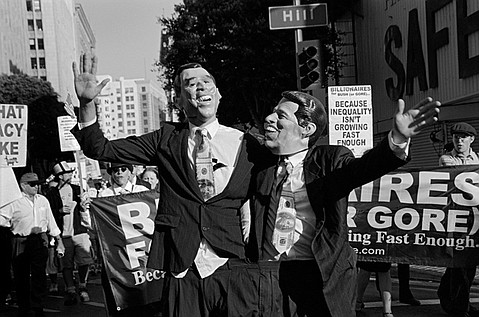 Billionaires for Bush(or Gore), Los Angeles, August 2002, Protests during the Democratic National Convention