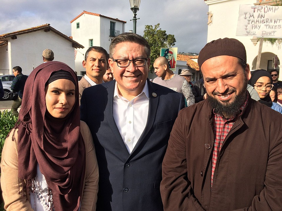 Congressmembers Salud Carbajal (center) with Imam Yama Niazi (right)